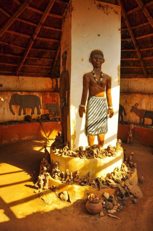 Museo de objetos curiosos en el Achala Village