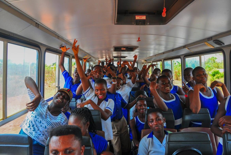 Viajando hacia Kintampo entre profesores y alumnos